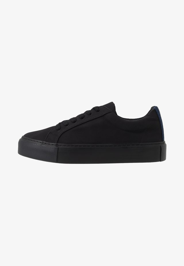 STEEP LACE - Trainers - black