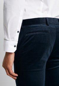 Topman - ALISTAR - Suit trousers - navy - 5