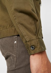 Topman - COORD CROPPED  - Camicia - khaki - 4