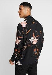 Topman - WINTER FLORAL - Shirt - black - 2