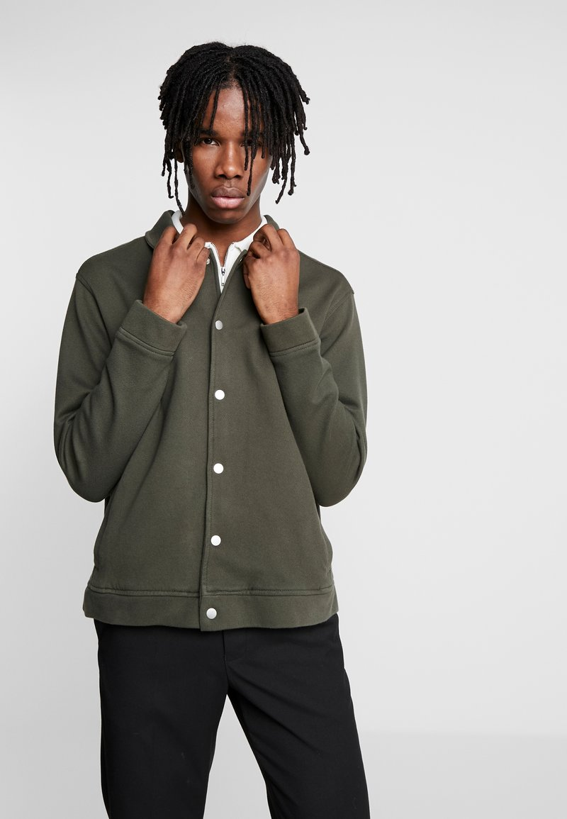 Topman - CHIVE SHACKET POPPER THROUGH - Summer jacket - green