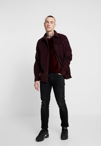 Topman - SHIRT - Camisa - burgundy - 1