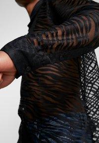Topman - ZEBRA LACE DESIGN - Camicia - black - 5