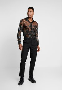 Topman - FLORAL SHEER PLACEMENT - Chemise - black - 1