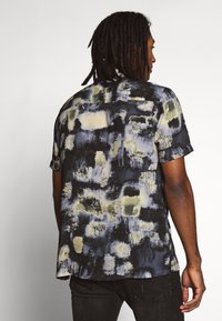 Topman - ABSTRACT PRINT - Camicia - black - 2
