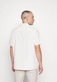 Topman - REVERE - Skjorta - off white - 2