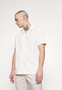 Topman - REVERE - Skjorta - off white - 0
