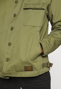 Topman - MILITARY DECK JACKET - Light jacket - green - 4