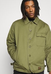 Topman - MILITARY DECK JACKET - Light jacket - green - 3