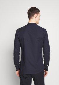Topman - OXFORD - Camicia elegante - navy - 2