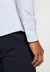 Topman - PINSTRIPE - Formal shirt - blue - 5
