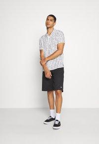 Topman - BASE CHECK REVERE - Camicia - white - 1