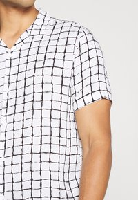 Topman - BASE CHECK REVERE - Camicia - white - 4