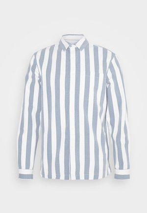 BLUE WHITE MIKEY STRIPE - Vapaa-ajan kauluspaita - light blue/white