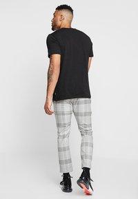 Topman - RULES CHECK - Pantaloni - grey - 2