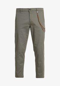 Topman - TAPER - Trousers - khaki - 4