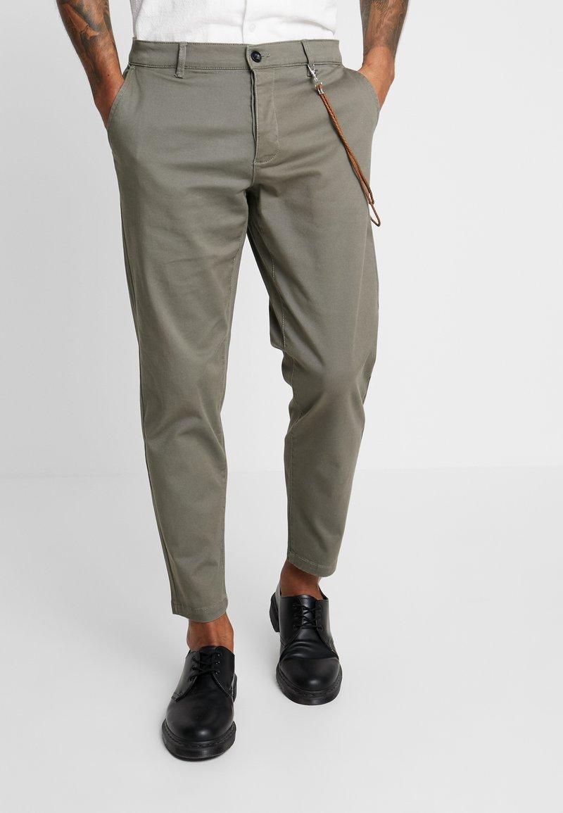 Topman - TAPER - Trousers - khaki