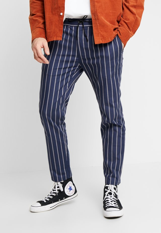 PUPSTOOTH WHYATT - Pantaloni - blue
