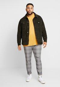 Topman - CHECK - Trousers - grey - 1
