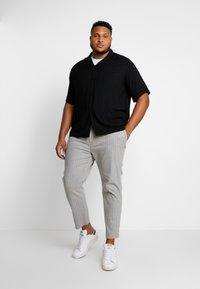 Topman - WHYATT - Trousers - grey - 1