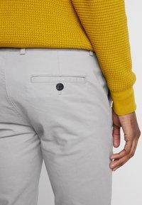 Topman - SLIM - Chino kalhoty - grey - 5
