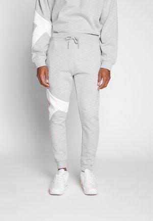 LARGE JOGGER - Teplákové kalhoty - grey