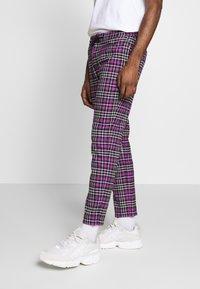 Topman - CHECK WHYATT - Trousers - lilac - 0