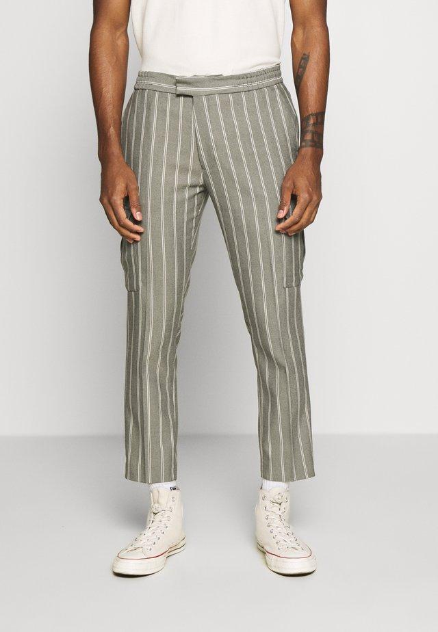 Pantaloni cargo - multi-coloured