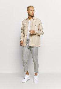 Topman - Pantalones - grey - 1