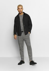 Topman - CHECK JOGGER - Trousers - grey - 1