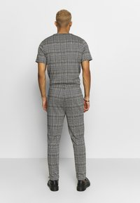 Topman - CHECK JOGGER - Trousers - grey - 2