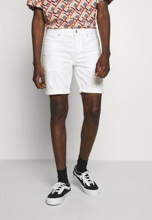 SKINNY - Jeansshorts - white
