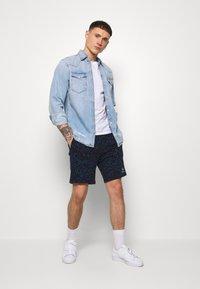 Topman - LEOPARD SIGNATURE - Pantaloni sportivi - dark blue - 1