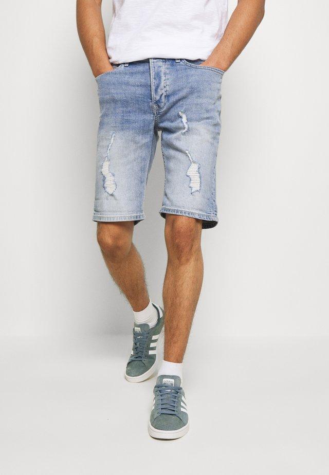 SAKATA RIPS - Shorts di jeans - light stone