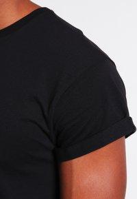 Topman - MUSCLE ROLLER - T-shirt basic - black - 3