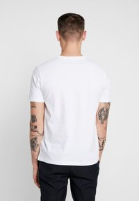 Topman - 3 PACK - T-shirts basic - white - 3