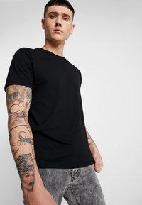 Topman - 3 PACK - T-shirt basic - black - 4