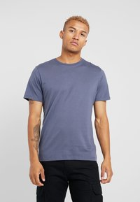 Topman - 3 PACK - Jednoduché triko - blue/off-white/nude - 3
