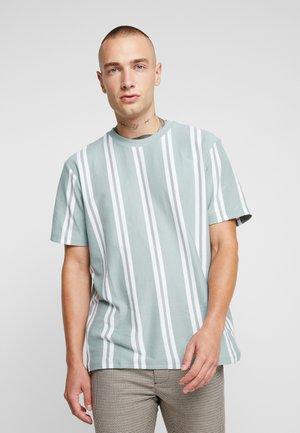 PASTEL STRIPE - T-shirt con stampa - green
