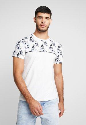 FLORAL TOP PANEL HANDEL TEE - T-shirt z nadrukiem - white