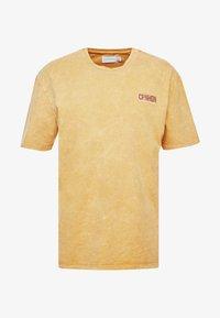 Topman - COPENHAGEN - Camiseta estampada - mustard - 3