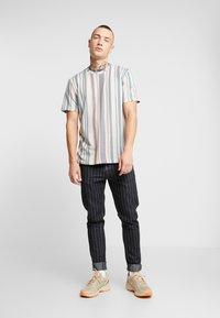 Topman - STRIPE SNIT - T-shirt con stampa - multi - 1