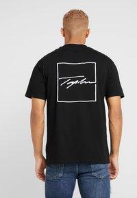Topman - SIGNATURE TEE - T-shirt print - black - 2