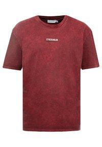 Topman - STOCKHOLM DESTINATION TEE - T-shirts med print - burgundy - 0