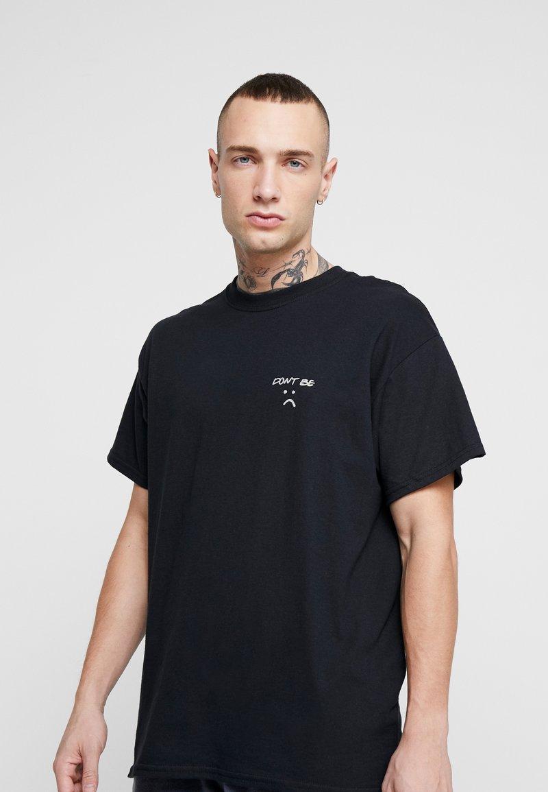 Topman - DONT BE SAD REFLECTIVE TEE - T-Shirt print - black