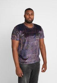 Topman - PAISLEY TEE - T-shirt print - apple - 0