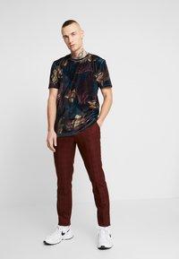 Topman - LEAF TEE - T-shirt med print - multi - 1