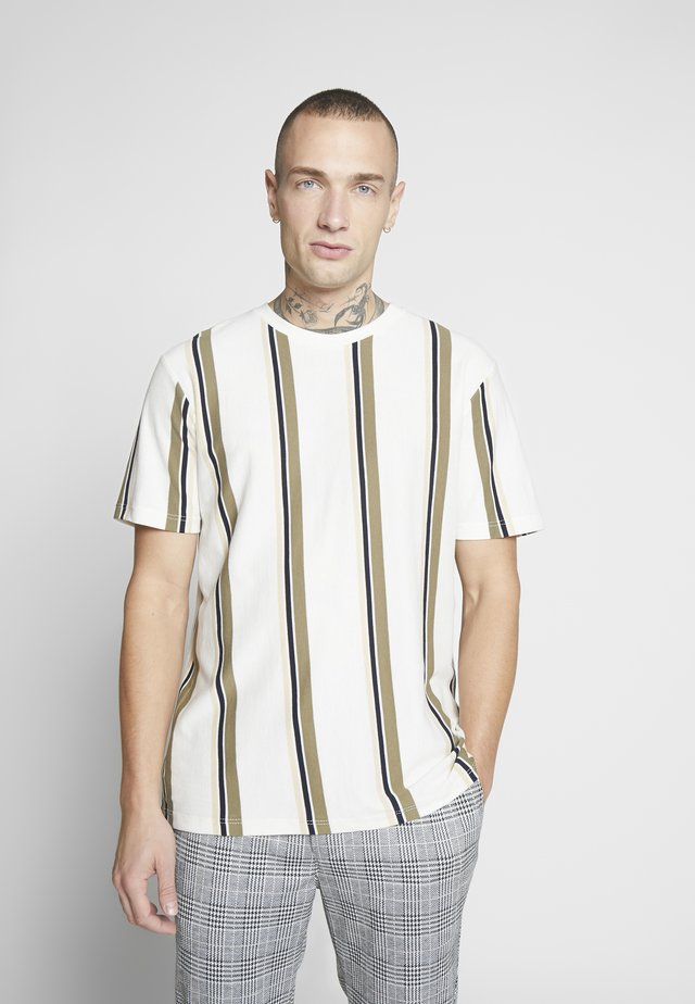 LUKE STRIPE - T-shirt con stampa - white