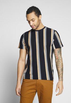 LUKE STRIPE - T-shirts med print - navy