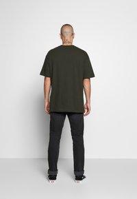 Topman - BERLIN TEE - T-shirt con stampa - khaki - 2